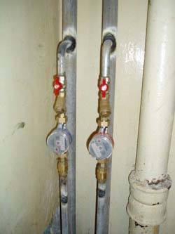 Замена стояков горячей и холодной воды в Кургане, монтаж стояков водоснабжения